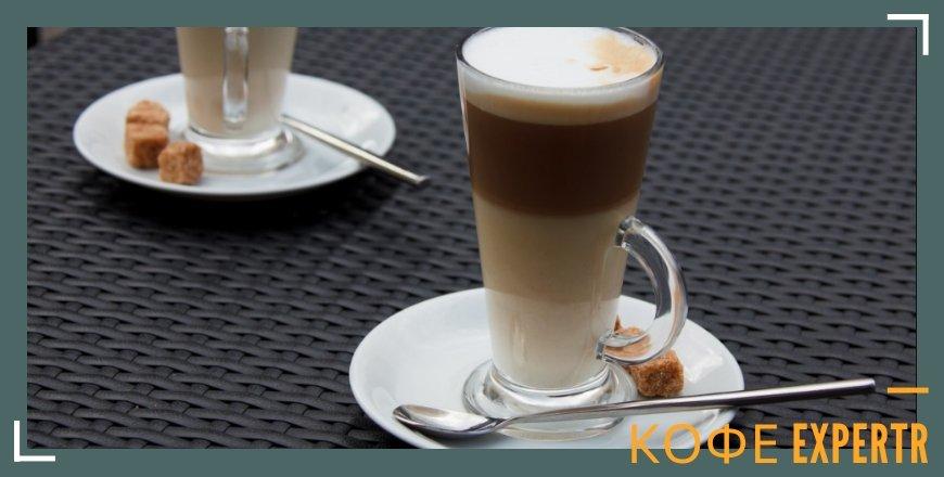 Кофе в бокале слоями