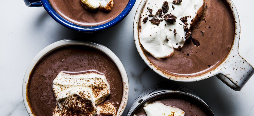 Из растопленного шоколада